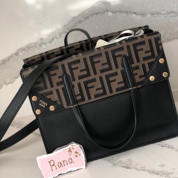 Fendi Handbags - 💓sold💓Fendi Flip Regular shoulder bag crossbody